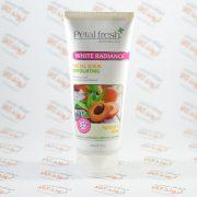 اسکراب صورت گیاهی سفید کننده پوست پتال فرش PetalFresh مدل Apricot & Aloe